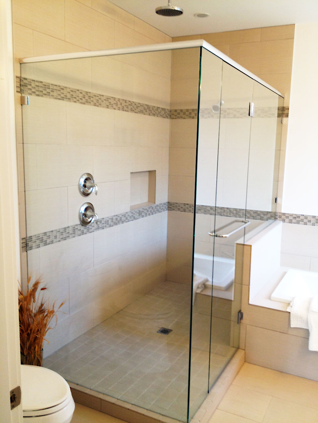 Custom Gl Showers Bathrooms Picture Gallery
